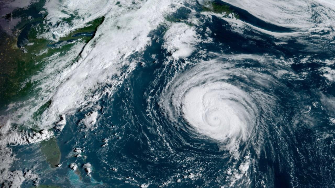 Imagen satelital del huracán Larry en el Atlántico (Twitter: @CollinGrossWx)