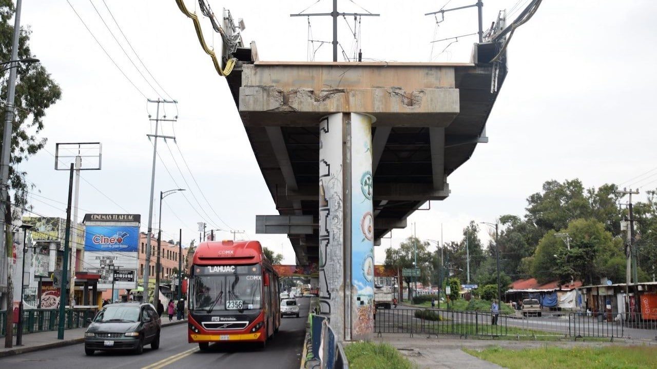 Zona de derrumbe de dos trenes del Metro de CDMX en la estación Olivos de la Línea 12 (Cuartoscuro)