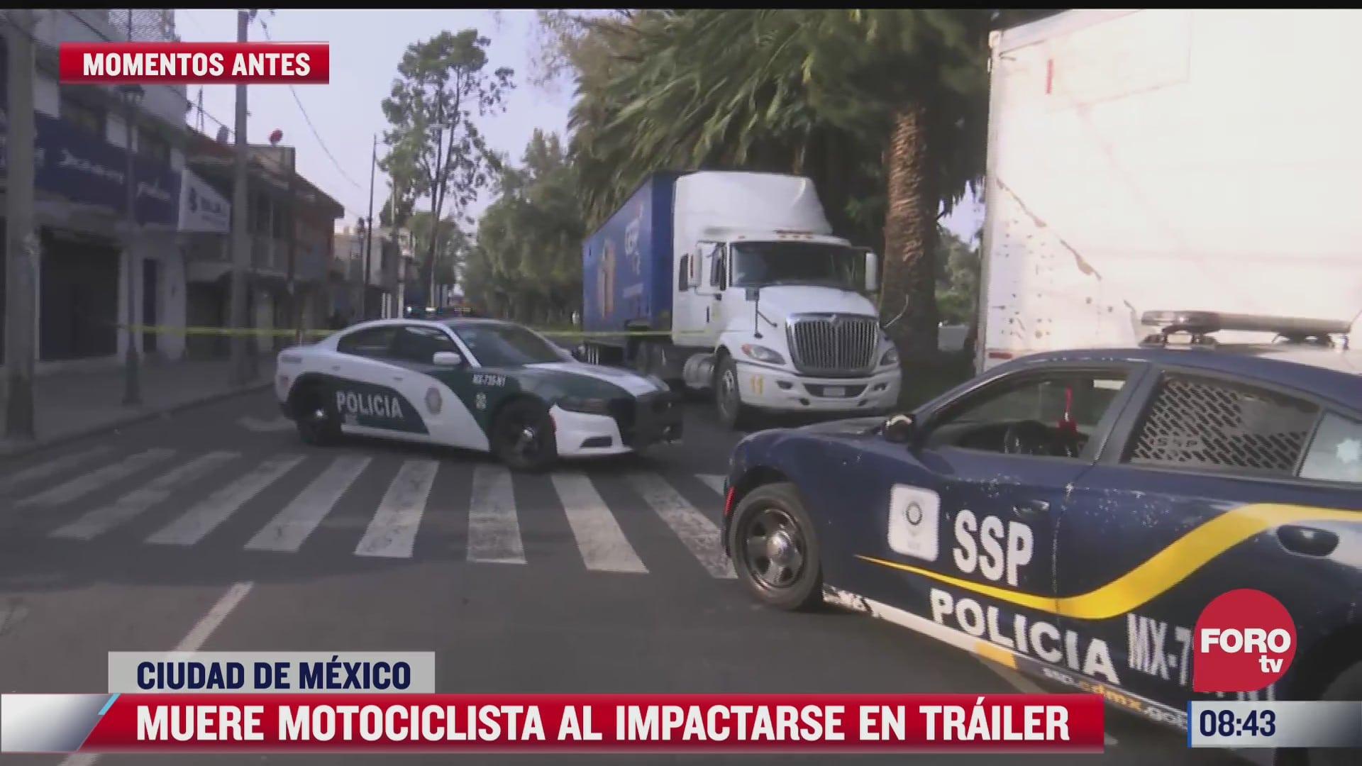 motociclista muere al chocar contra camion estacionado en la alcaldia iztacalco cdmx