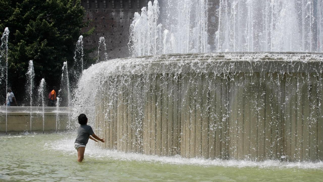 Niños vivirán siete veces mas olas de calor que sus abuelos, según estudio