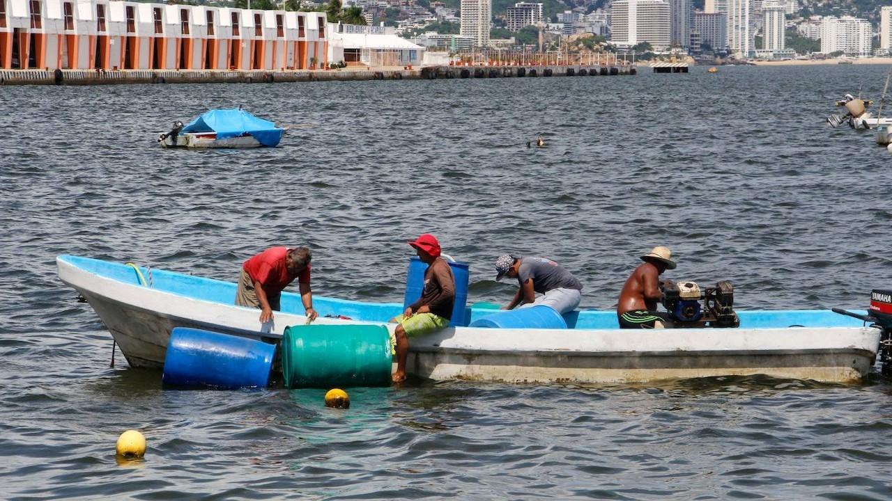 Sigue la búsqueda de seis pescadores desaparecidos en Acapulco, Guerrero (Cuartoscuro)