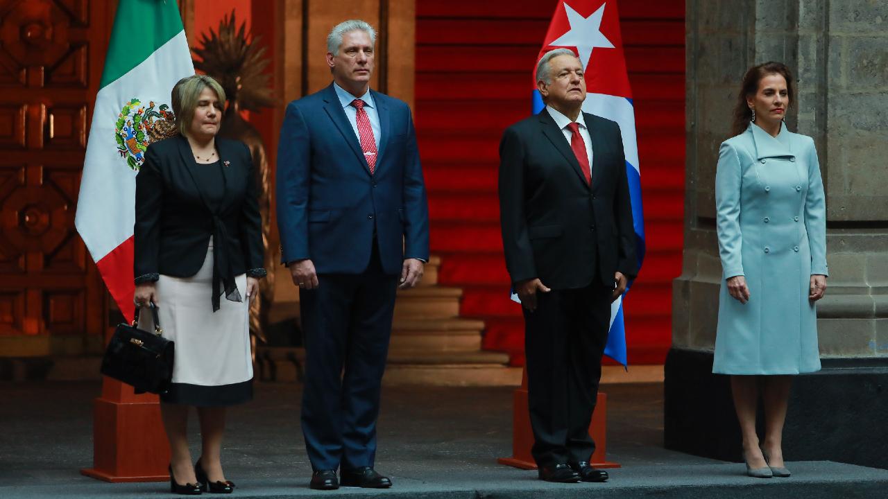Presidente de Cuba presenciará el desfile militar del 16 de septiembre: AMLO