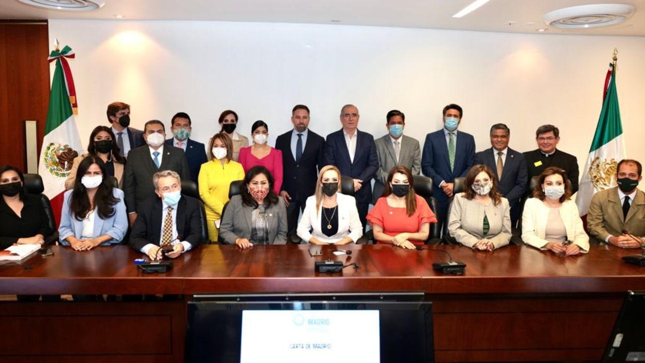 Reunión de miembros del PAN con integrantes del partido español de ultraderecha Vox