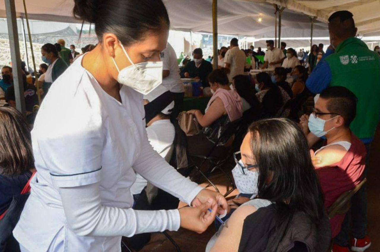 Se aplicarán cerca de un millón de vacunas contra COVID en CDMX la próxima semana