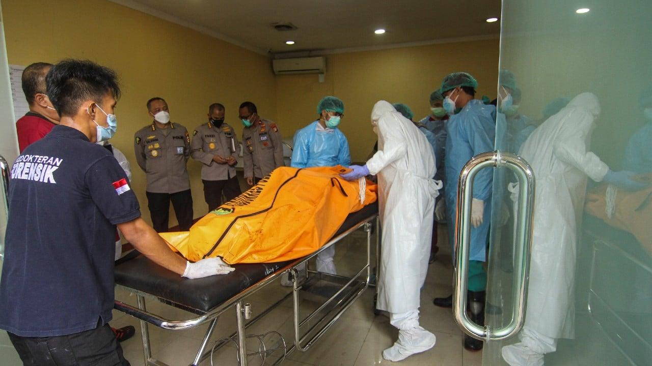 Sube a 44 la cifra de muertos por el incendio en una prisión de Indonesia