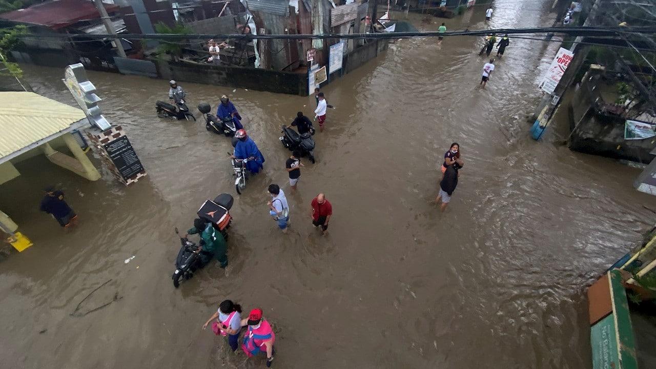 Tifón Conson deja 14 muertos en Filipinas que recibe otro, Chanthu
