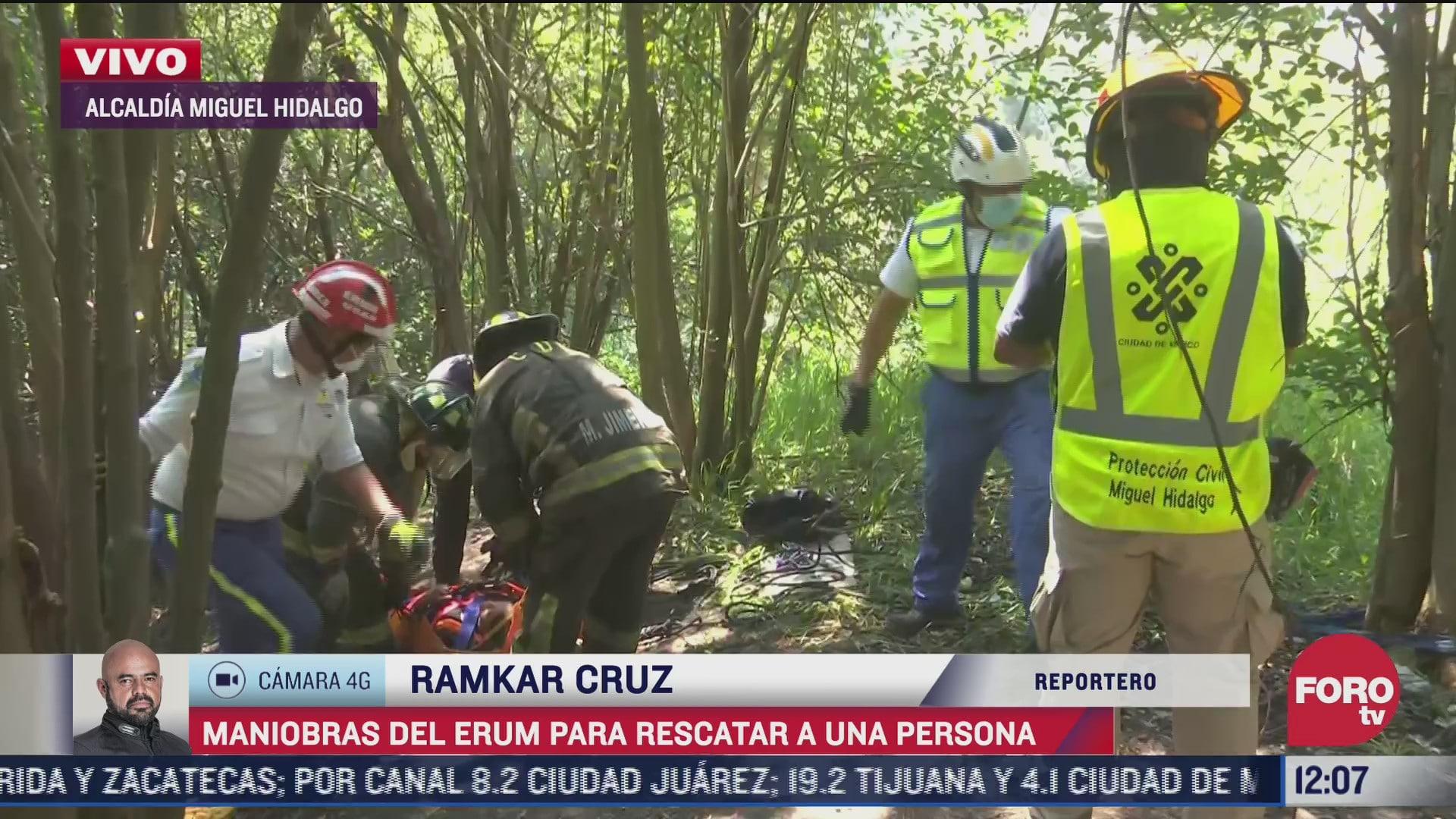 trabajador de limpia cae a barranca del bosque de chapultepec