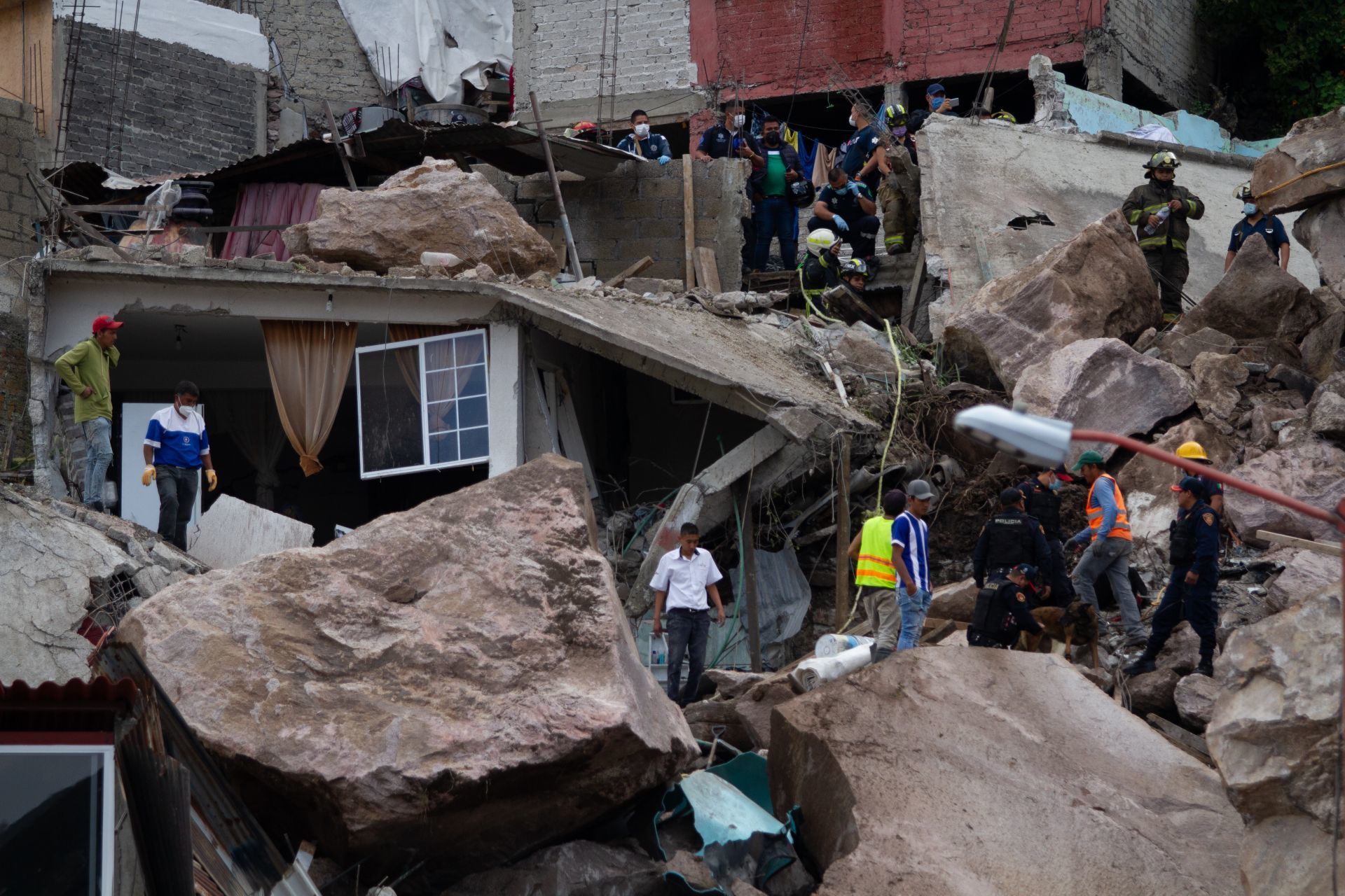 Vecinos del Cerro del Chiquihuite advirtieron riesgos de derrumbe desde hace dos semanas