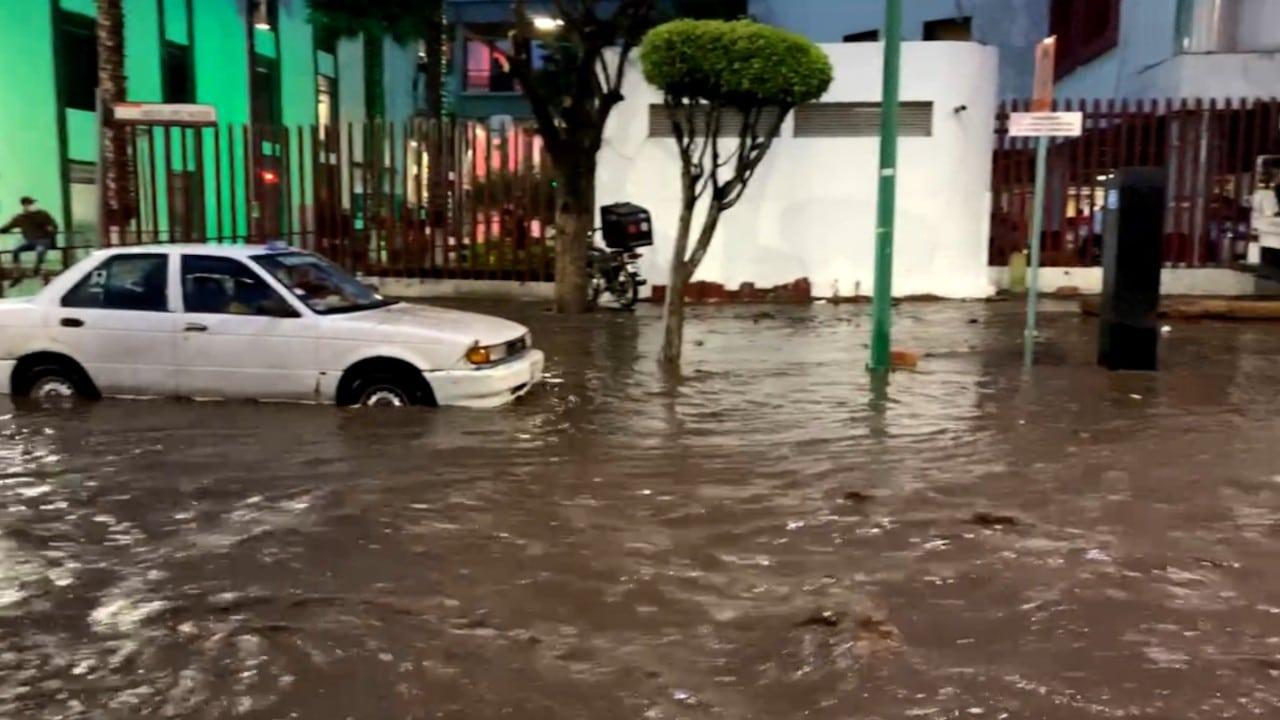 Zonas en Ecatepec, Estado de México inundadas (Twitter: @poncho_lopez_s)