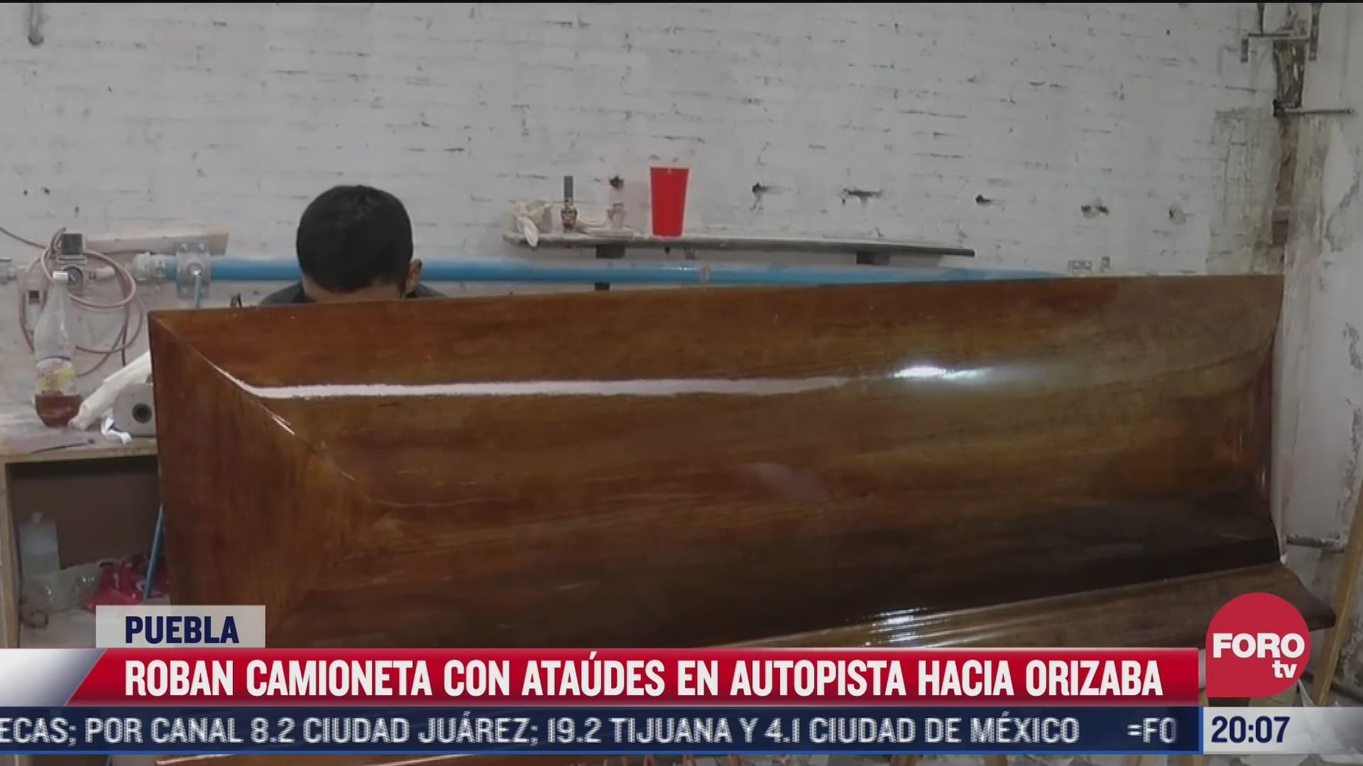 Video Roban camioneta con 15 ataúdes en autopista hacia Orizaba
