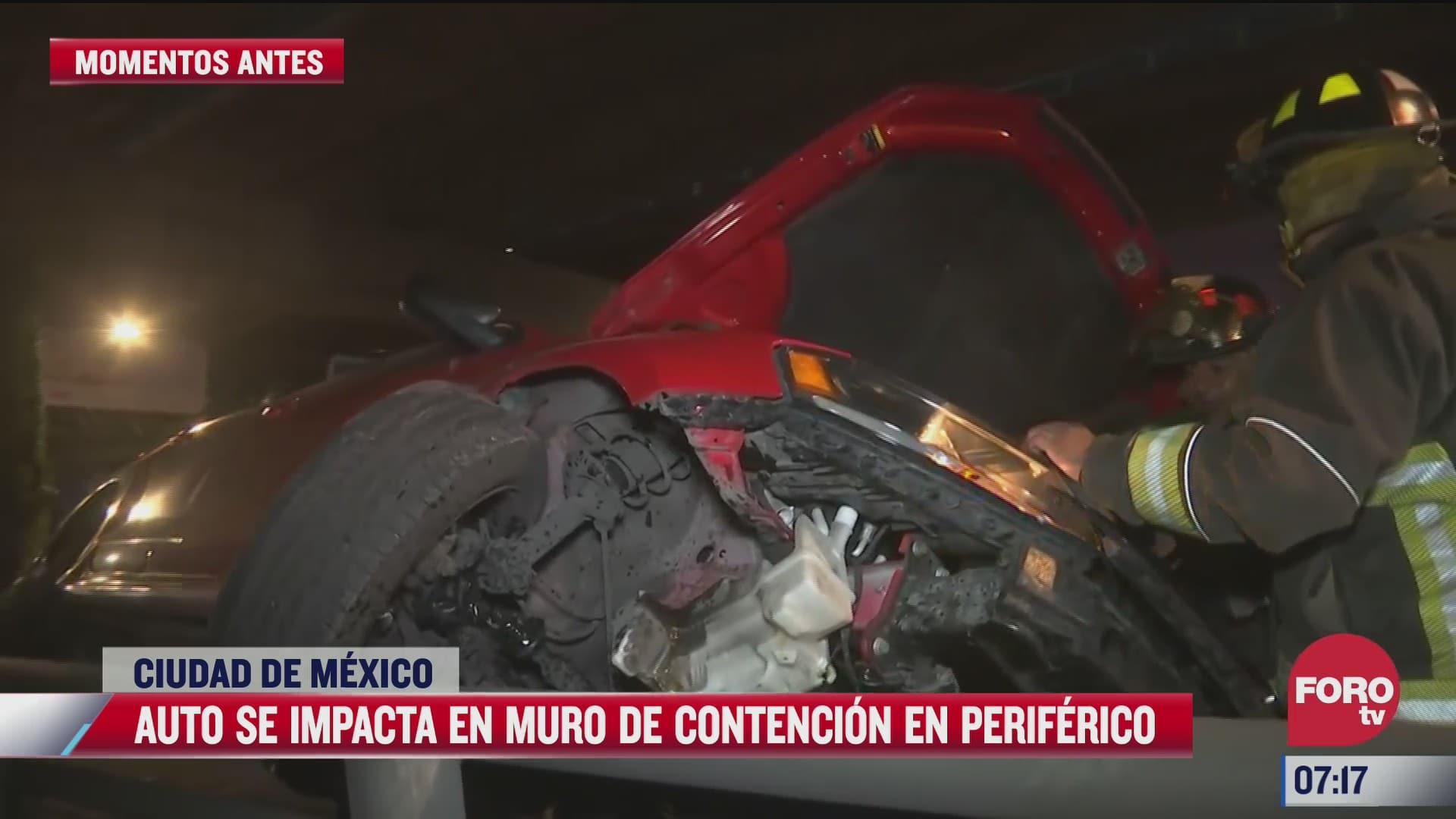 auto se impacta en muro de contencion en periferico sur cdmx