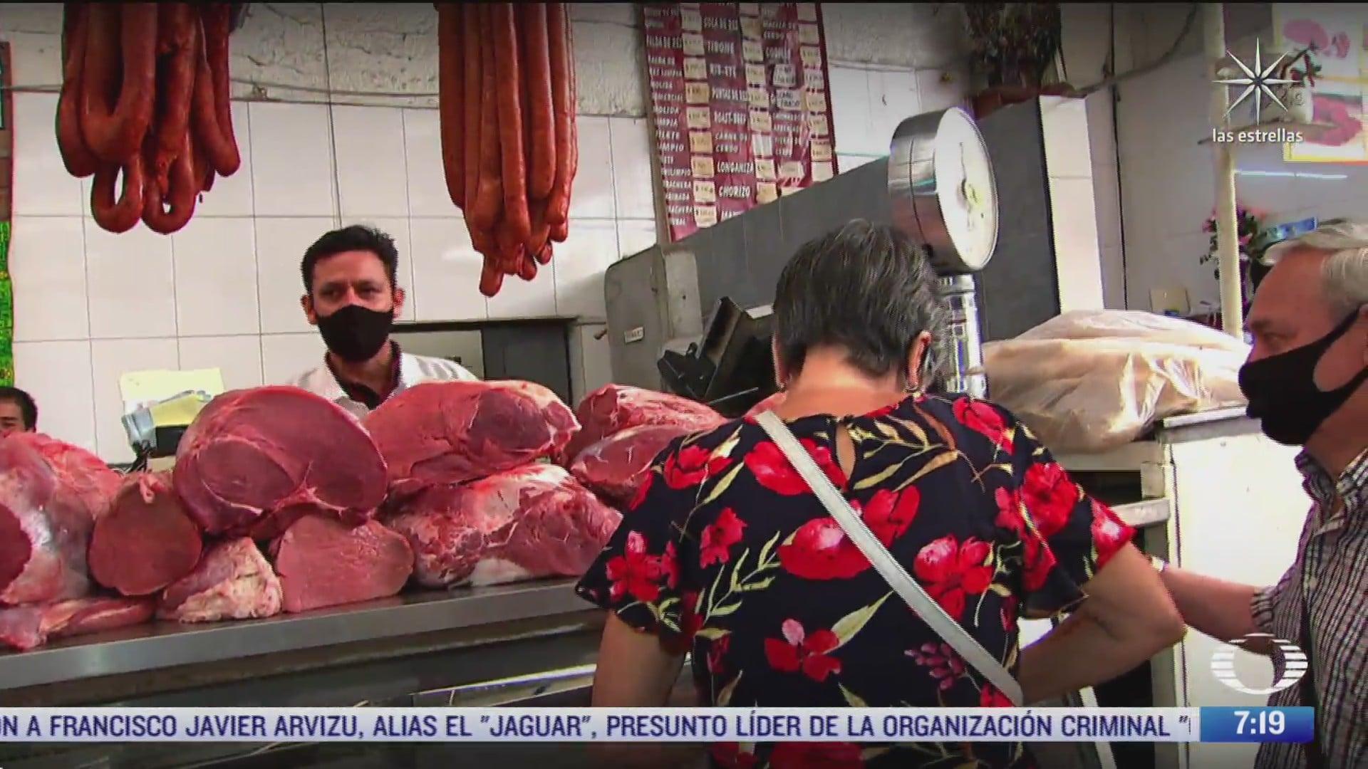 bolsillos de mexicanos resienten aumentos en productos como cebolla y huevo
