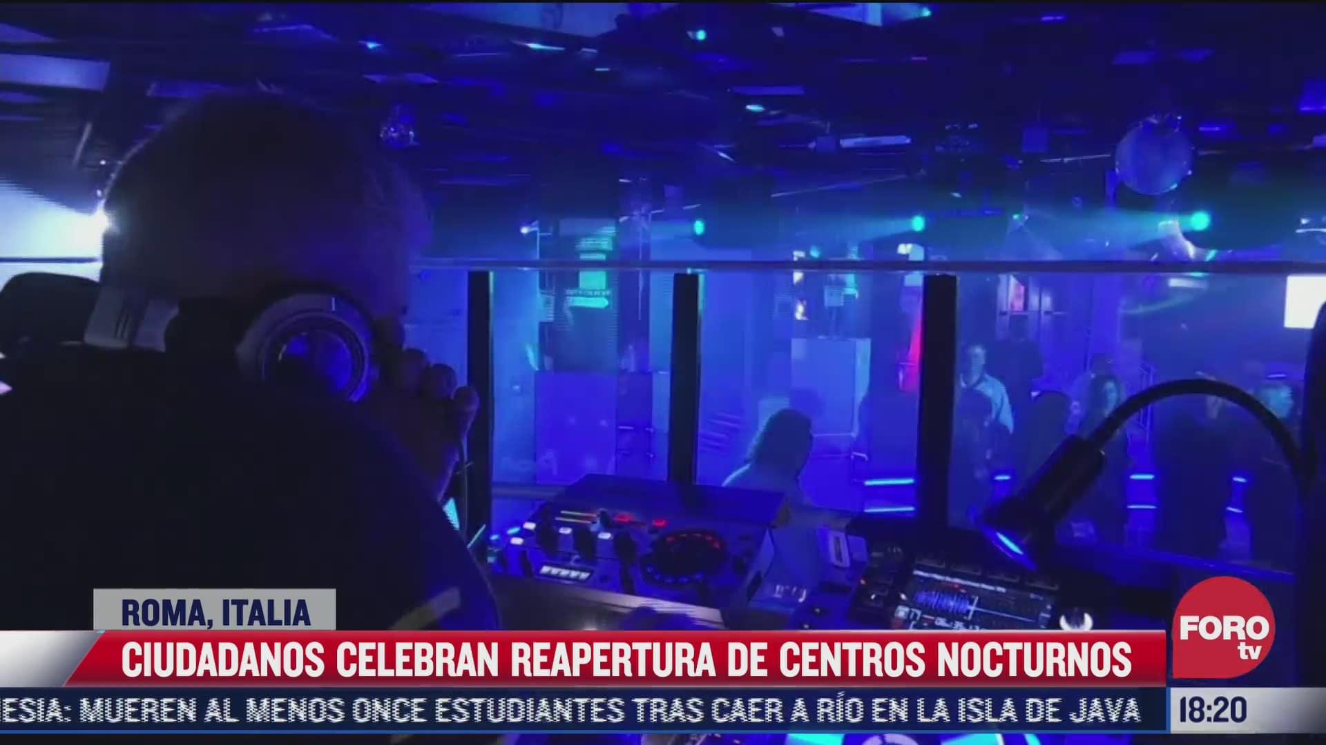 celebran reapertura de centros nocturnos en roma italia