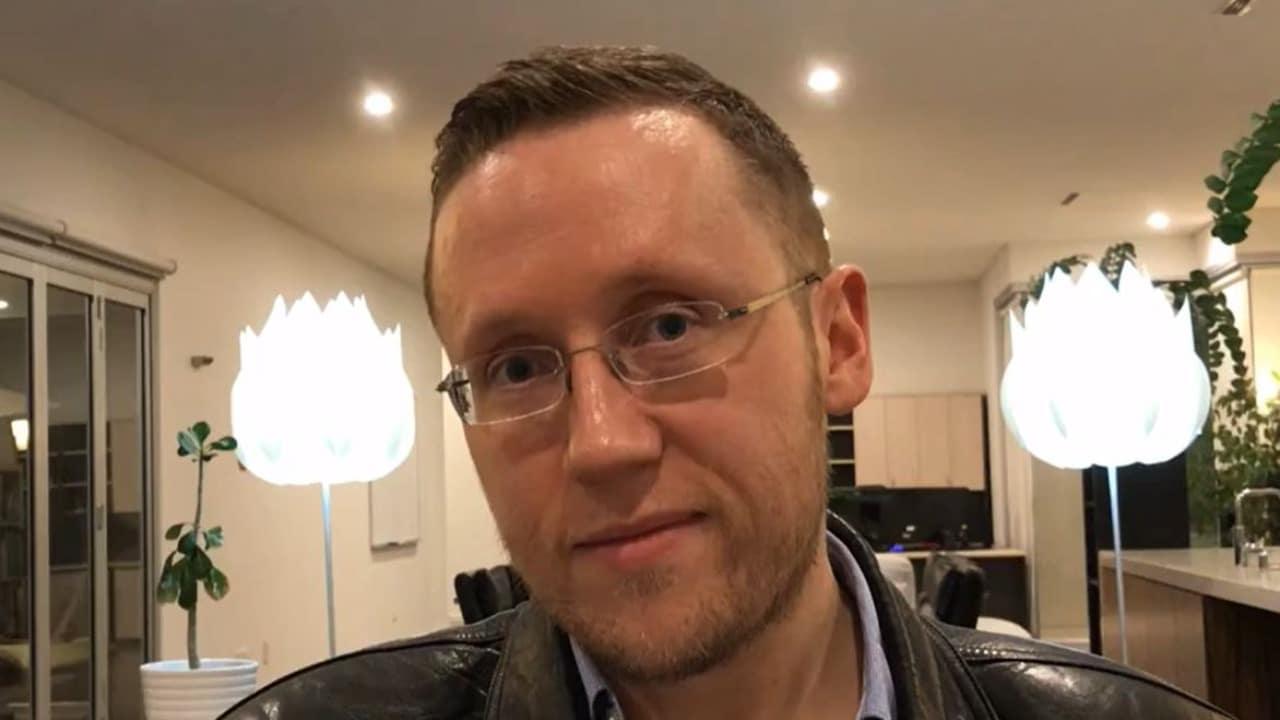 Daniel Piechnick hombre sin sexo a sus 41 años crea sitio web para buscar novia