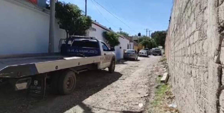 Ejército abate a 3 presuntos delincuentes tras enfrentamiento en Apaseo el Grande.