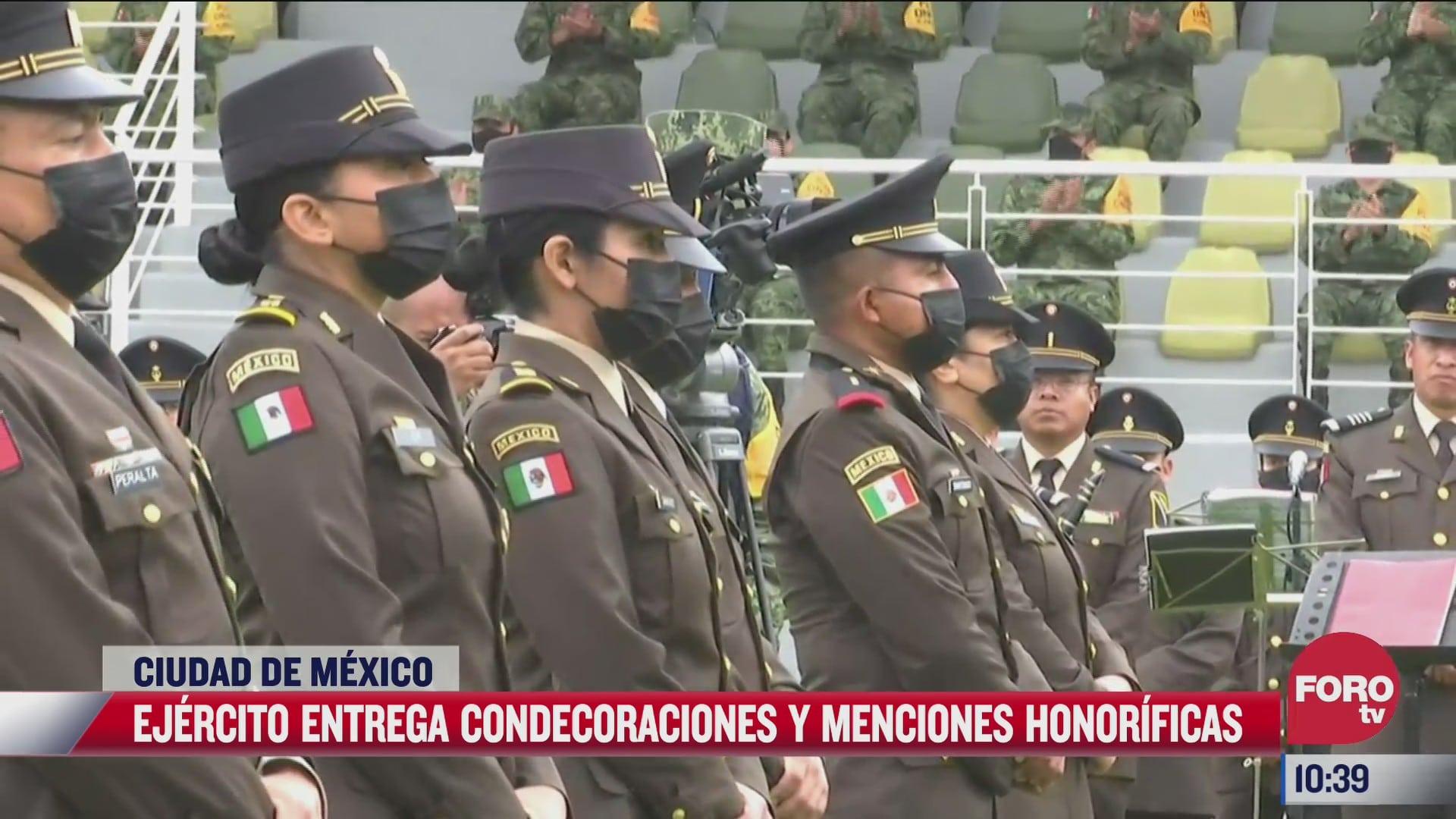 ejercito mexicano entrega condecoraciones y menciones honorificas