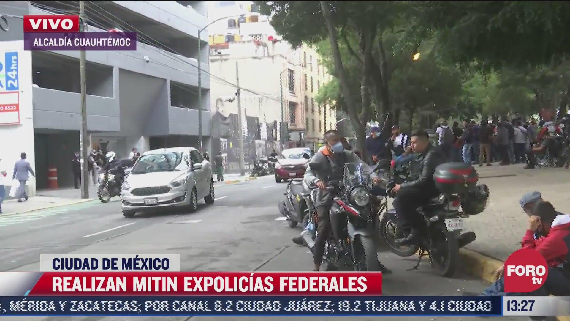 expolicias federales realizan mitin en las oficinas de sedatu en cdmx