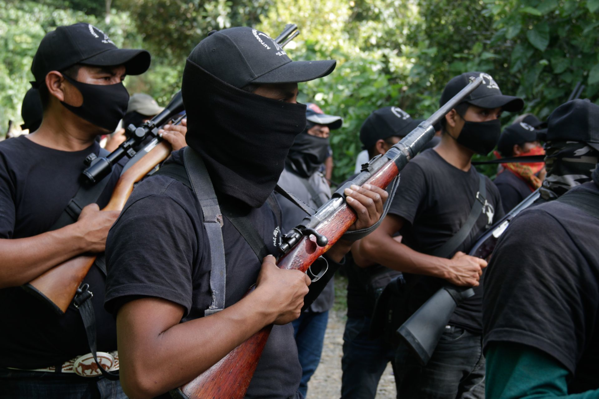 Familiares buscan a 21 personas que fueron retenidas por 'El Machete' en Pantelhó, Chiapas