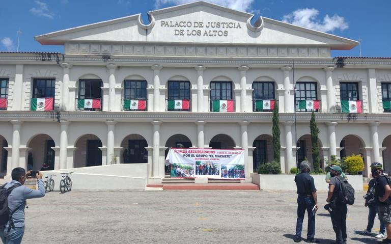 Incierto el paradero de 21 personas retenidas en Pantelhó, desertor de 'El Machete' afirma que fueron asesinadas