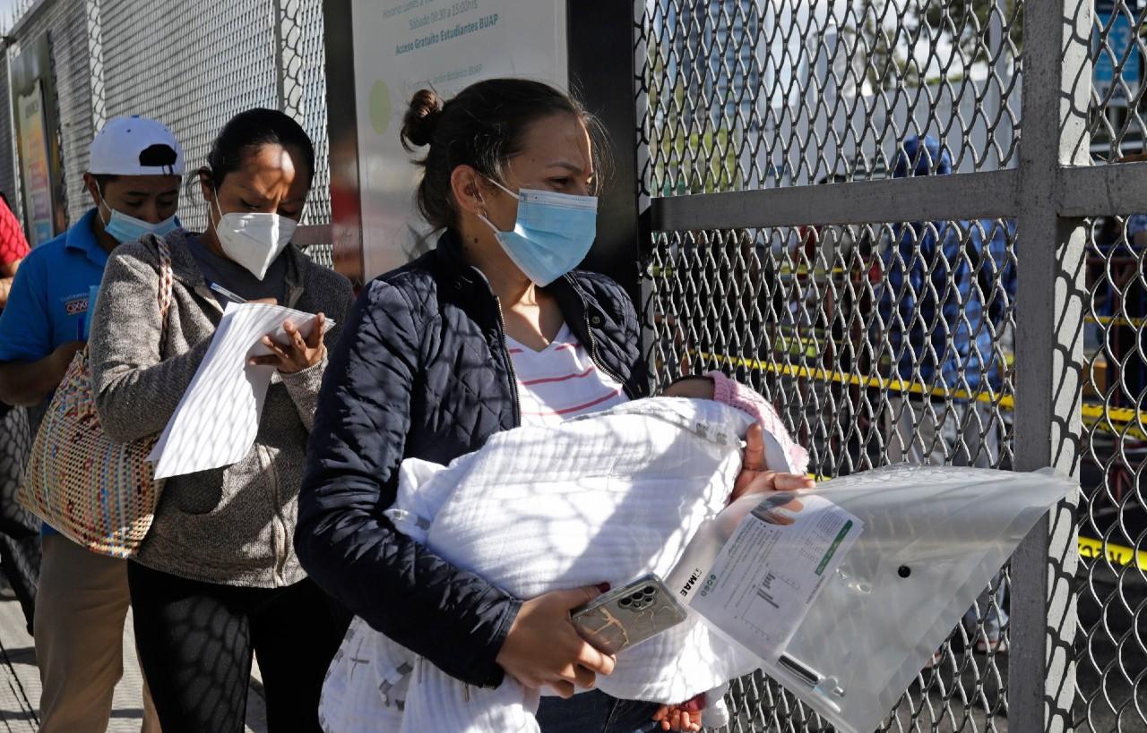 México suma 128 nuevas muertes y 2 mil 690 nuevos casos de covid-19.