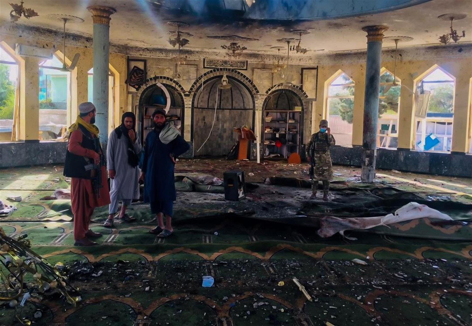 Estado Islámico se atribuye ataque terrorista contra mezquita chií en Afganistán