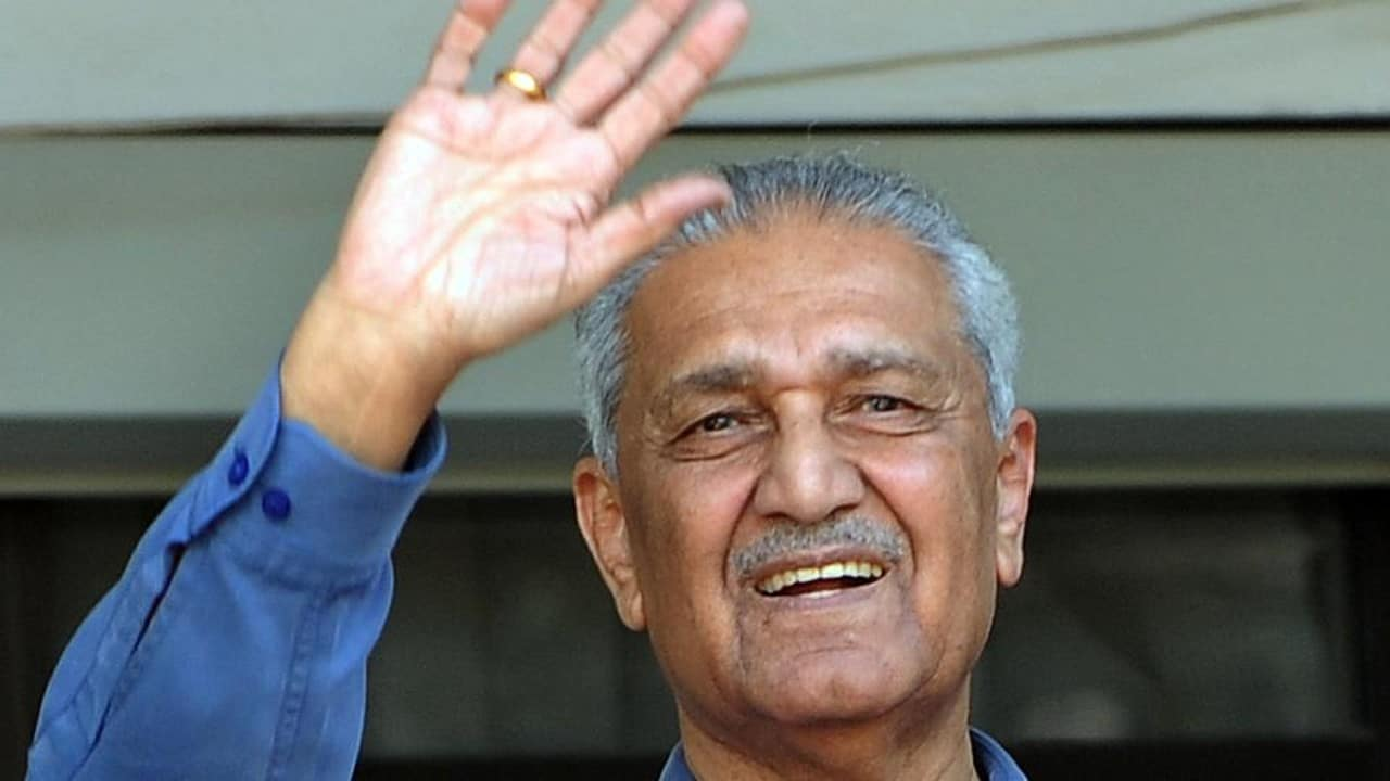 Muere A.Q. Khan, padre de la bomba atómica de Pakistán