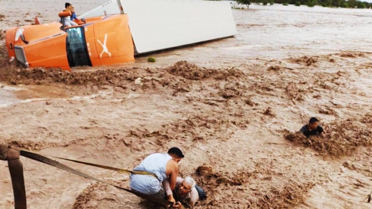 Nayarit enfrenta los estragos de Pamela; la alerta por lluvias se mantiene