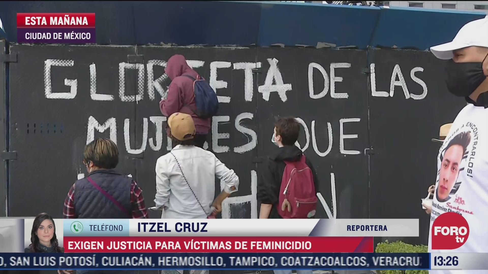 realizan manifestacion en cdmx por victimas de feminicidios