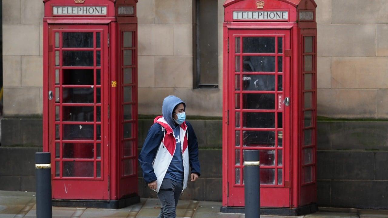 Reino Unido vive alza de casos covid pero se descarta nuevo confinamiento