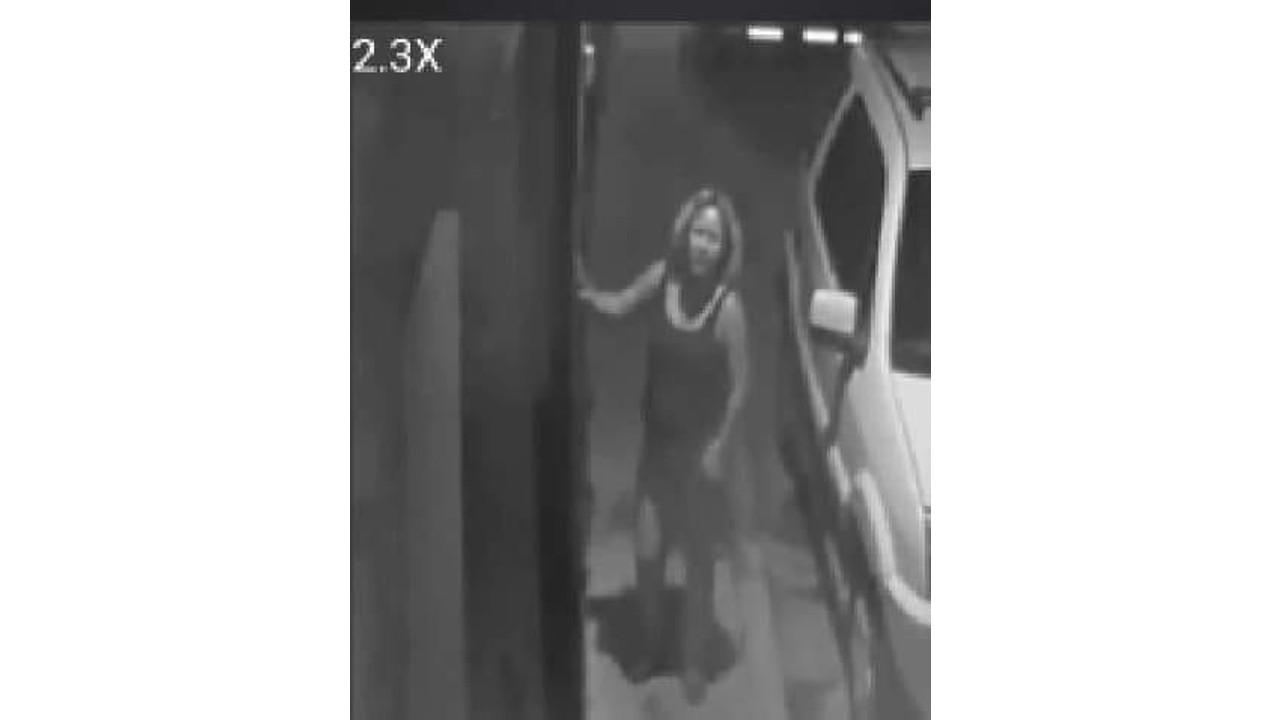 mujer, víctima, delincuencia, robo de casas, Facebook