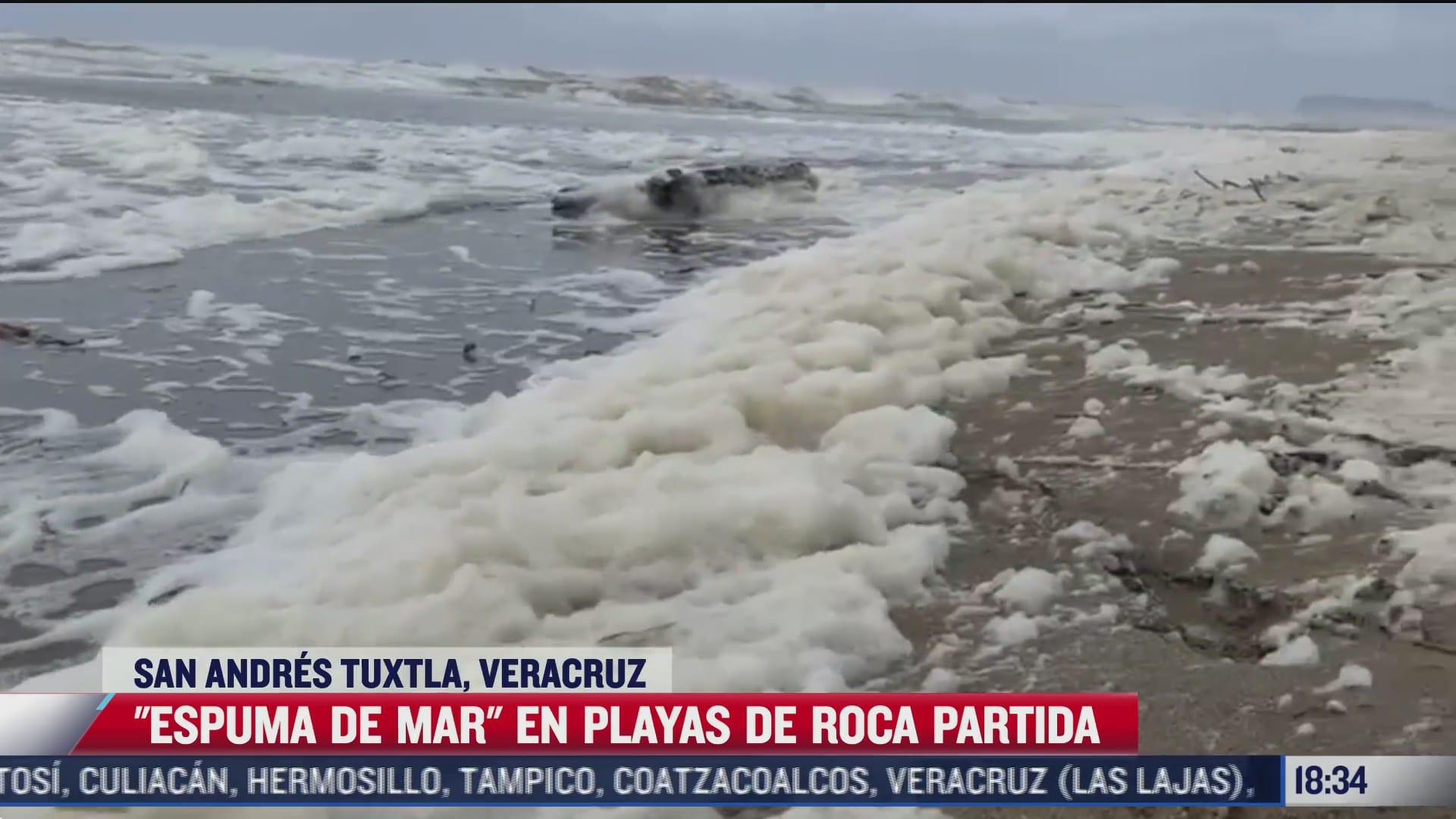 se registra fenomeno de espuma de mar en veracruz