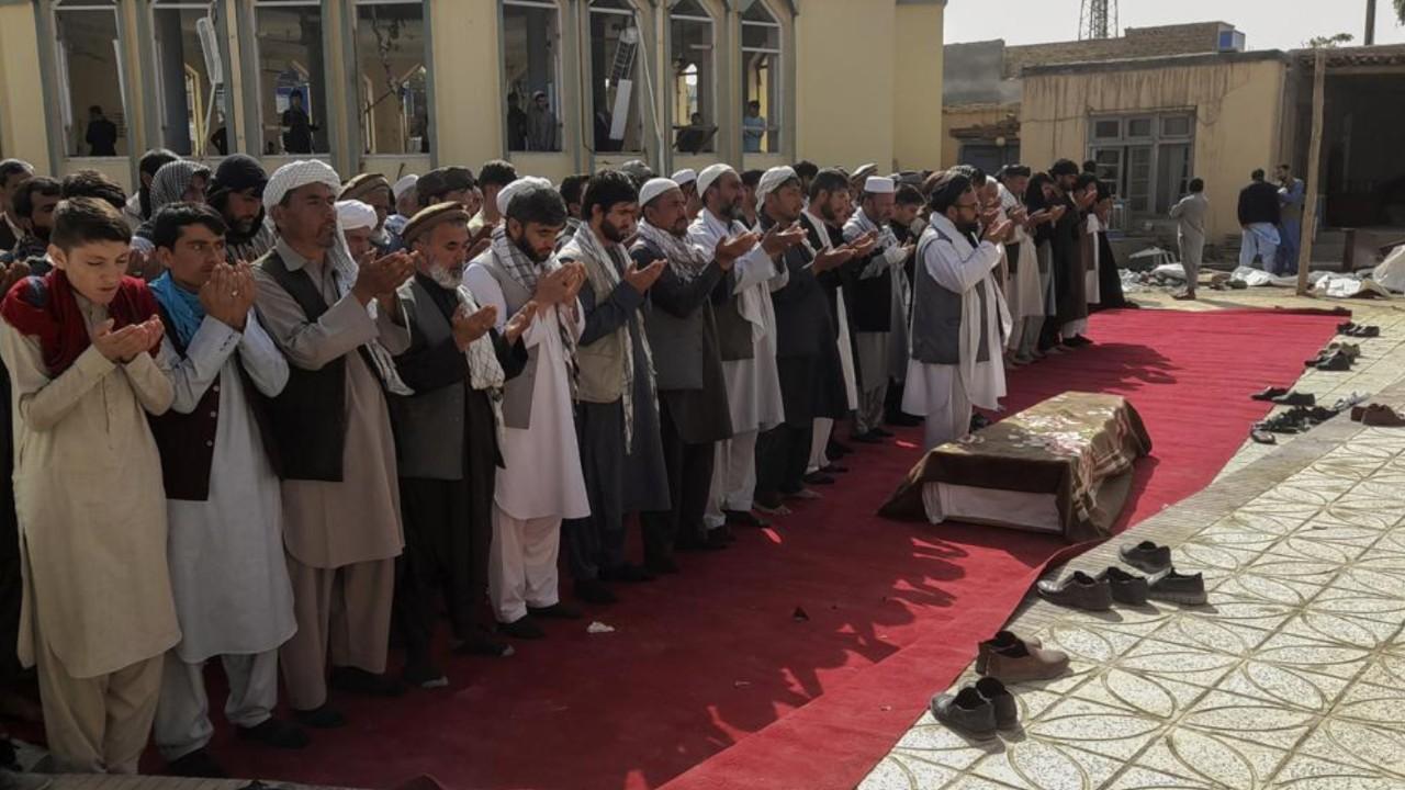 Talibán dicen que EE.UU. dará ayuda humanitaria a Afganistán