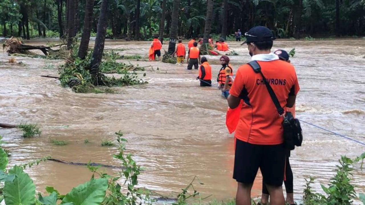 Tifón Kompasu en Filipinas