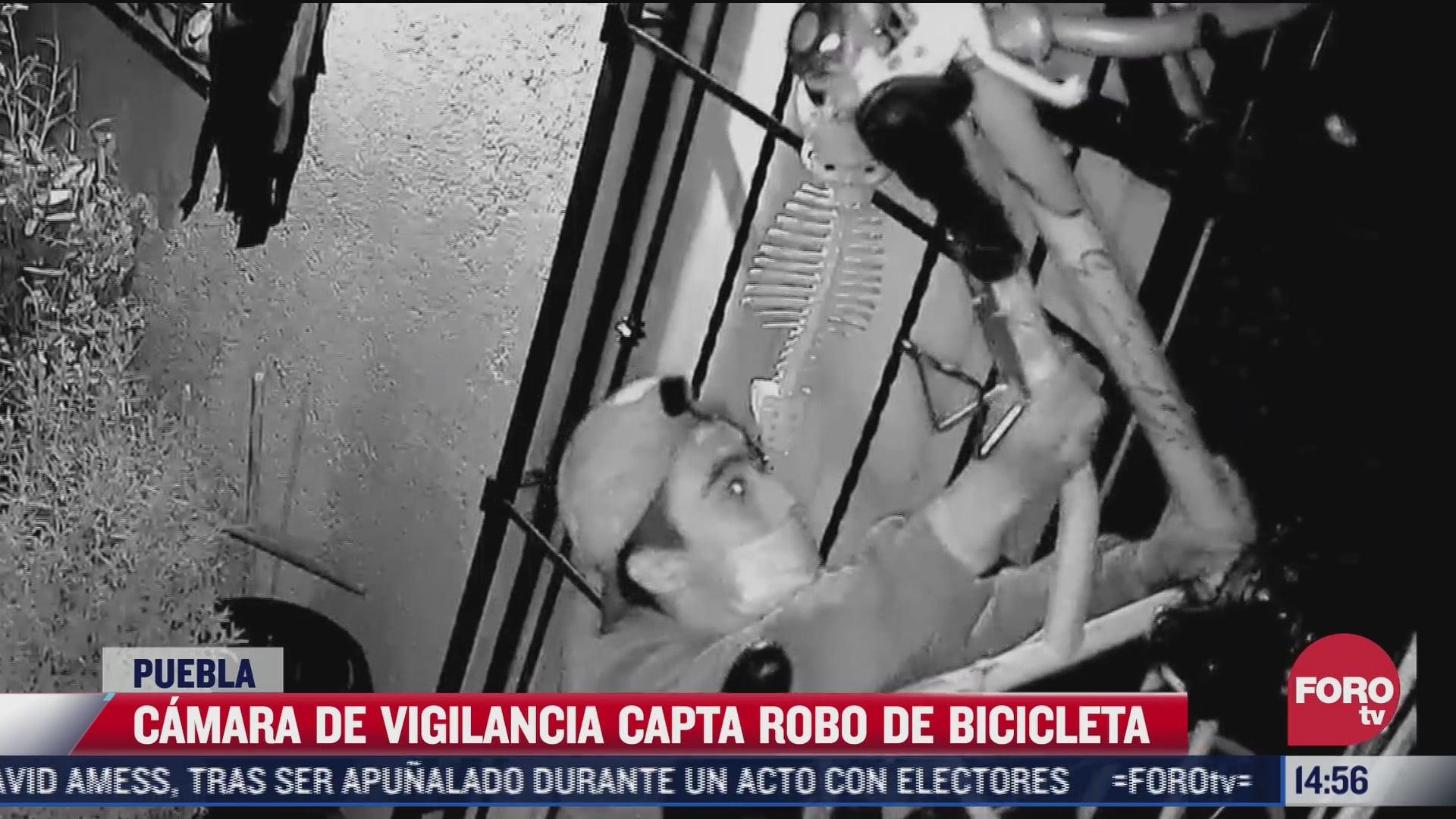 video captan el momento en que roban una bicicleta en puebla