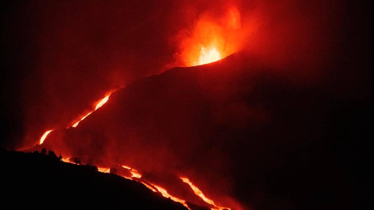 Lava del volcán de La Palma fluye lenta y amenaza nuevas áreas; los sismos siguen